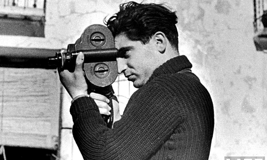 The Story Behind Robert Capa's D-Day Pictures from World War II